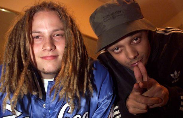 Bomfunk MC's -yhtyeen Dj Gismo ja Raymond Ebanks kuvattuna lokakuussa 1999.