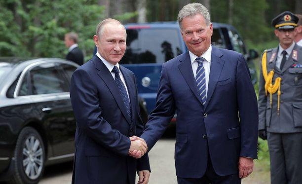 Presidentit tapasivat edellisen kerran Helsingissä Putinin ja Trumpin tapaamisen yhteydessä.