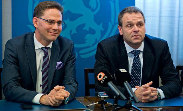 Marraskuussa 2012 silloinen pääministeri Jyrki Katainen nosti Jan Vapaavuoren hallitukseensa elinkeinoministeriksi.