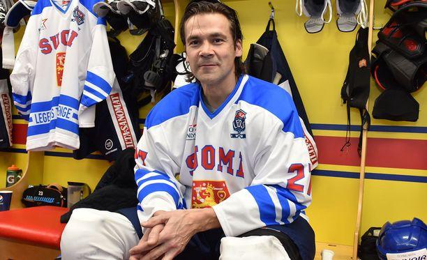 Teppo Numminen edusti Winnipeg Jetsiä vuodesta 1988 aina vuoteen 1996 asti, kunnes seura muutti Phoenixiin.