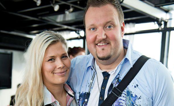 Ilona ja Sami Hedberg poseerasivat yhdessä vuonna 2013.