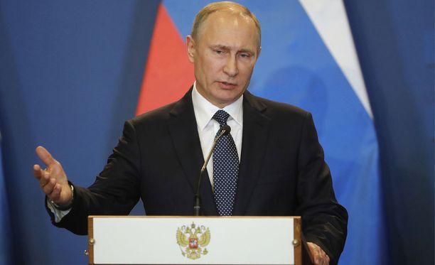 Patriots-omistajien mukaan Vladimir Putinilla on yksi Super Bowlin voittosormus.