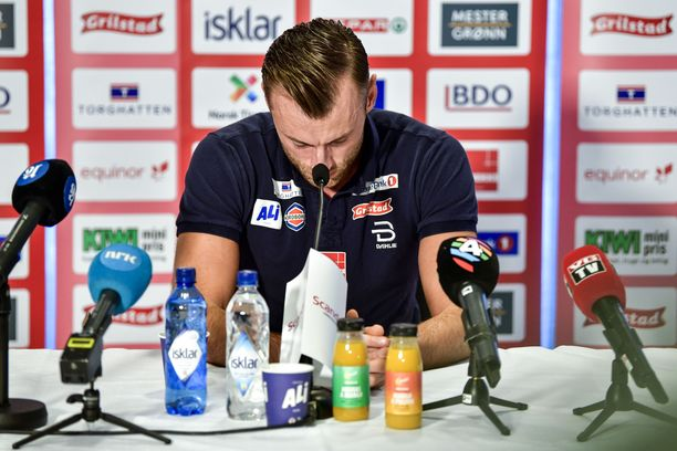 Petter Northug on kohun keskellä.