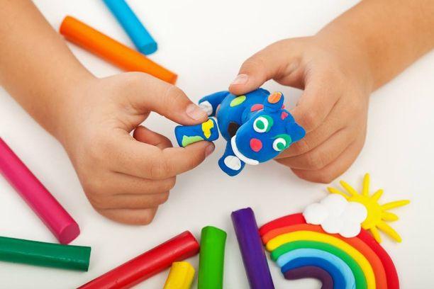 Muovailuvaha on edelleen yksi lasten suosikeista.