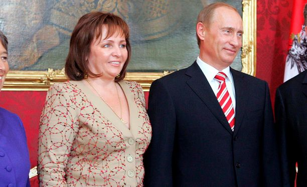 Vladimir Putinin mukaan hän on hyvissä väleissä ex-vaimonsa Ljudmilan kanssa.