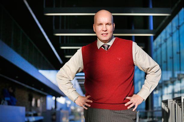 Startup-yrityksiin sijoittanut Kim Väisänen rahoitti useita puolueita eduskuntavaaleissa.