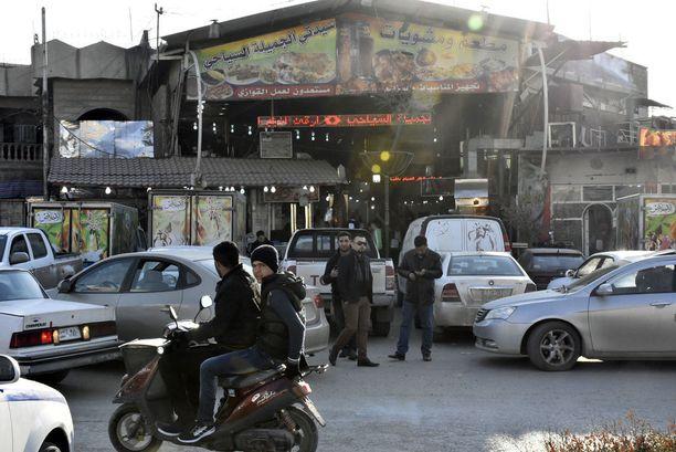 Mosulin käytännössä ainoa ravintola on erittäin suosittu. Viime viikon perjantaina se joutui itsemurhapommittajan kohteeksi: neljä ihmistä kuoli, mukaanlukien ravintolan omistaja.