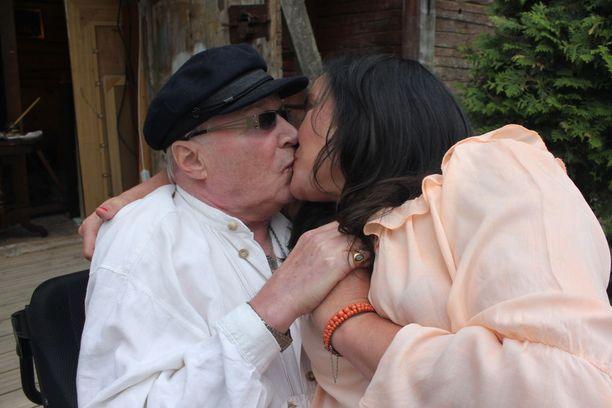 Leila Palmun oma jaksaminen on ollut koetuksella miehensä tukena ollessaan.