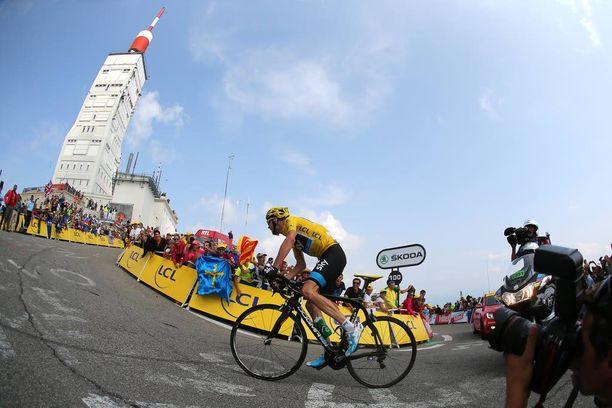 Chris Froome jätti muut jälkeensä Mont Ventoux'n rinteessä 2013.