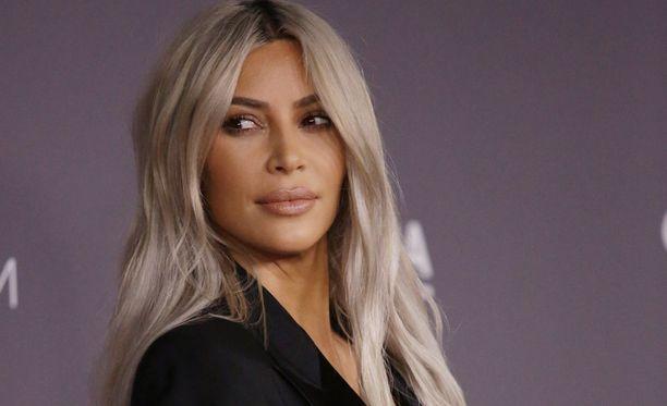 Kim Kardashianilla on entuudestaan tytär ja poika.