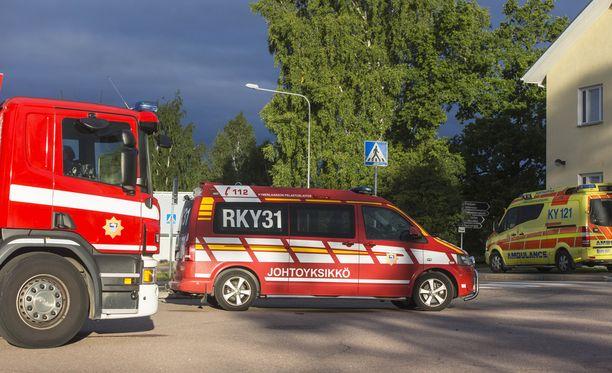 Tapahtumapaikalle saapui kuusi pelastuslaitoksen yksikköä.