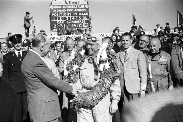 Silverstonen historia ulottuu lähes 70 vuotta taaksepäin. Vuonna 1950 ajetun formula ykkösten ensimmäisen MM-osakilpailun voitti Silverstonessa Giuseppe Farina.