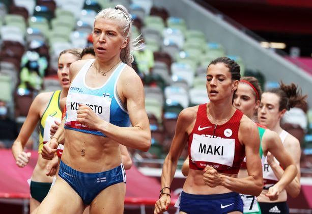Sara Kuivisto pyyhälsi maanantaina 1 500 metrin alkuerästä jatkoon SE-ajalla 4.04,10. Tulos oli alkuerien yhdestoista.