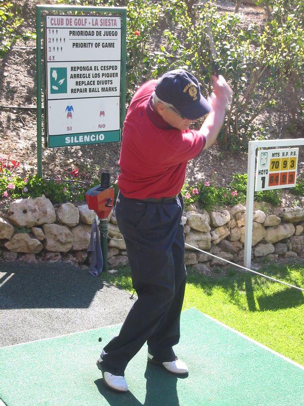 Väinölä on golfannut Espanjassa intohimoisesti.