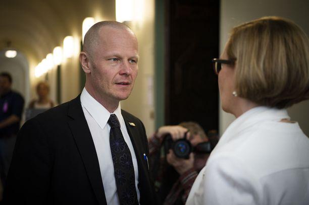 Perussuomalaisten kolmannen kauden kansanedustaja Juho Eerola valittiin keskiviikkona eduskunnan ensimmäiseksi varapuhemieheksi.