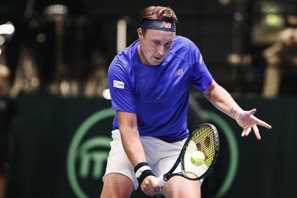 Henri Kontinen ei enää jatka Australian avoimissa. Tämä kuva Davis Cupista vuodelta 2019.