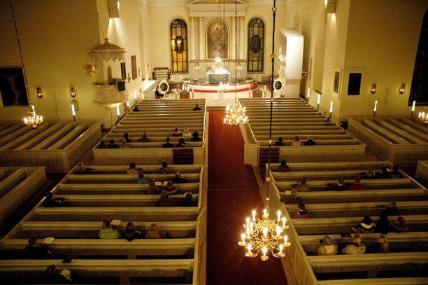 Teinityttö haki turvapaikkaa Oulun evankelisluterilaiselta seurakunnalta.