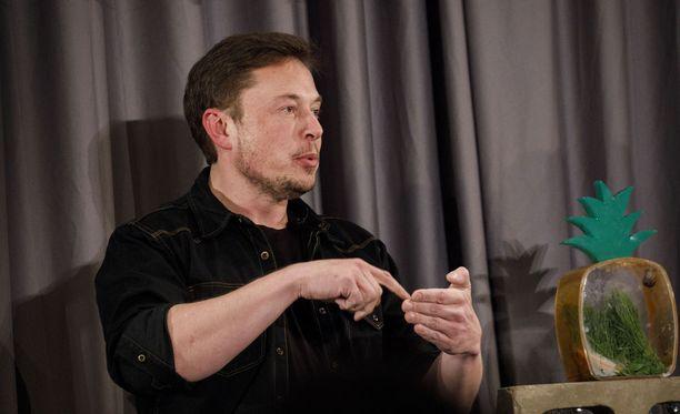 """Elon Musk (kuvassa) ei voi nimetä sivustoaan """"Pravdaksi"""", sillä kyseinen toiminimi on jo käytössä Yhdysvalloissa toisella yrityksellä, kertoo Bloomberg."""