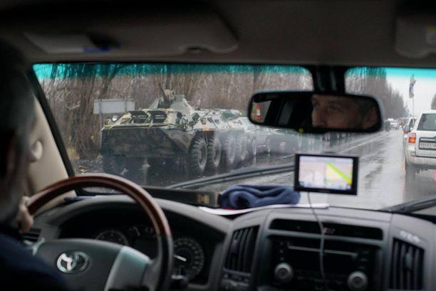 Etyjin tarkkailijat havaitsivat tiistaina tavallista enemmän sotilaallista liikehdintää Luhanskin alueella Itä-Ukrainassa.