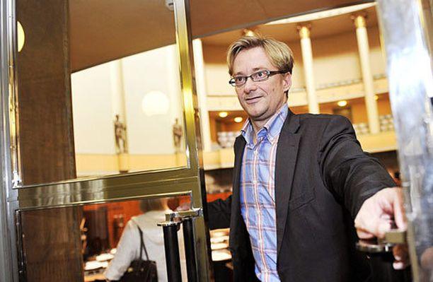 Mikael Jungner pääsi kotiin Meilahden sairaalasta.