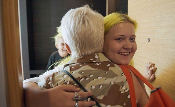 Alman ja Maria Veitolan välit vaikuttavat ohjelmassa sydämellisiltä.