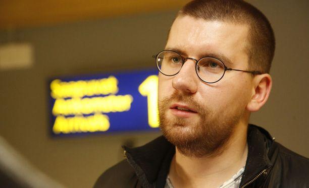 Sebastian Tynkkynen otettiin säilöön tiistai-iltana Amsterdamin lentokentällä.