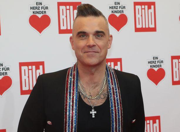 Robbie Williams on Suomessakin vieraillut laulaja.
