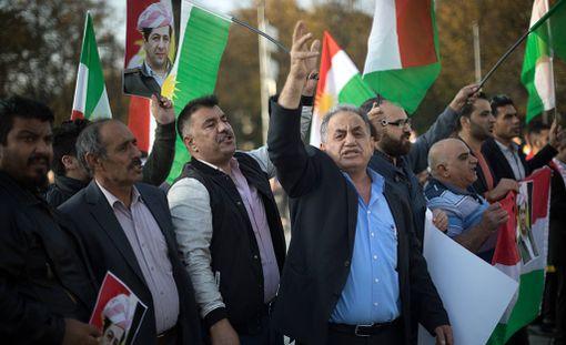 Kurdit ovat osoittaneet mieltään muun muassa Berliinissä Kirkukin tapahtumien vuoksi.