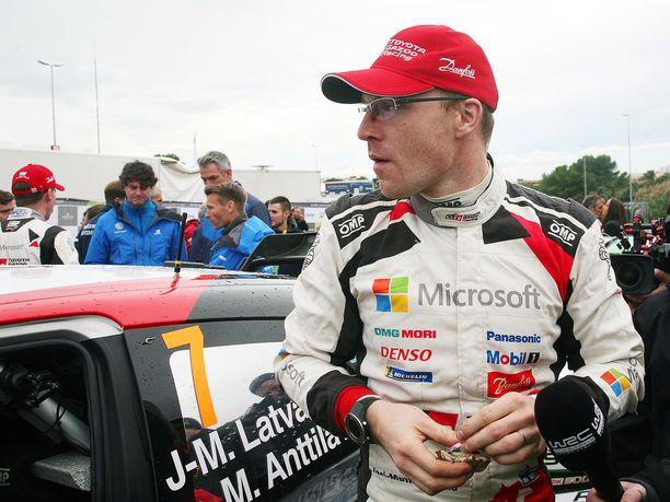 Jari-Matti Latvala sai Australian rallin voitolla hyvän päätöksen vaikeaan kauteen.
