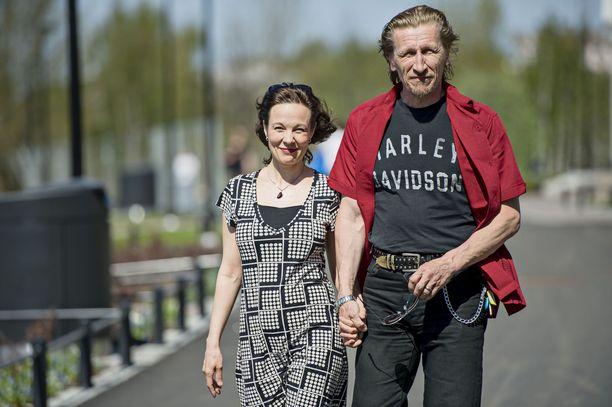 Merja ja Ilkka Koivula tutustuivat aikoinaan Raumalla 2000-luvun alussa.