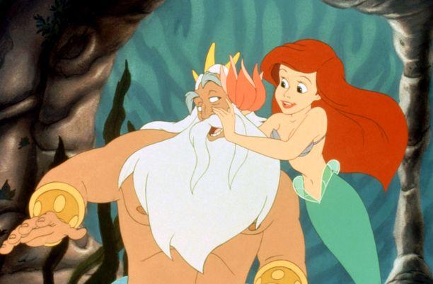Väätäisen uusimpien töiden joukosta löytyy meren kuningas Triton, joka on merenneito Arielin isä.