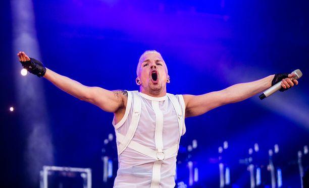 Antti Tuisku on ollut yksi toivotuimpia esiintyjiä kesäfestareilla.