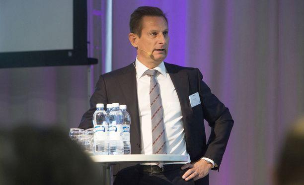 Alma Median toimitusjohtaja Kai Telanteen mukaan Päivi Anttikoski ei yltänyt Aamulehden päätoimittajan haussa kolmen finalistin joukkoon.