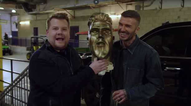 James Corden jekutti David Beckhamia.