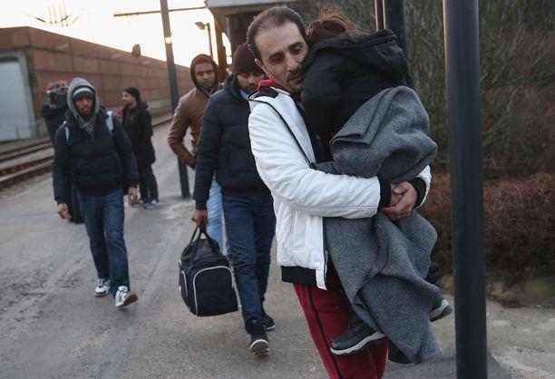 Saksasta Tanskaan päässeet syyrialaispakolaiset toivovat saavansa turvapaikan.