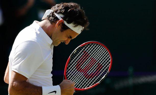 Roger Federer ei murtunut tiukassakaan paikassa.