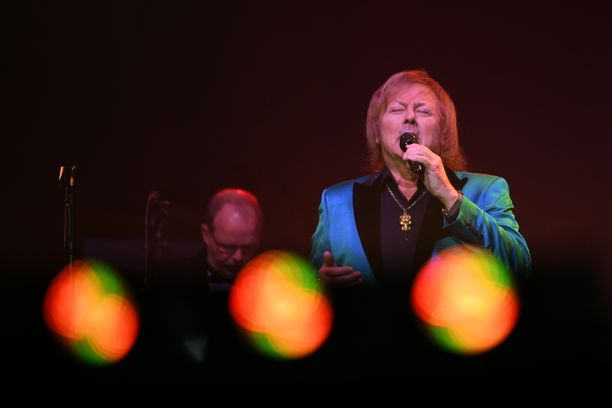 Danny konsertoi perjantaina Helsingin jäähallissa.