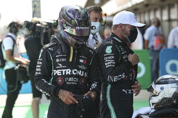 Lewis Hamilton vei Mersun sisäisen lauantaina. Miten käy kisassa?