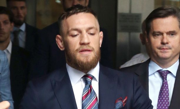 Conor McGregor palaa UFC-kehään viikonloppuna ja kohtaa kevytsarjan mestarin.