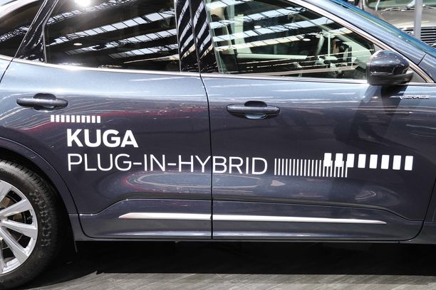 Plug-in-hybrid  eli ladattava hybridi on myös Fordin uusi Kuga.