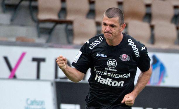 Rafael on paukuttanut tällä liigakaudella jo kuusi maalia.