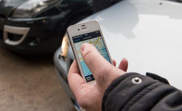 Uber on poliisitutkinnan kohteena taksiliikenteen luvattomasta harjoittamisesta.