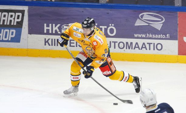 Lukon Sami Lähteenmäki jäi maaleitta, mutta raumalaiset ottivat tyylikkään 4-0-voiton ja nousivat sarjakärkeen.