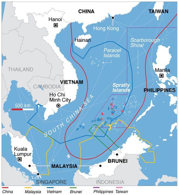 Eri maiden päällekkäiset aluevaateet Etelä-Kiinan merestä. Kiinan 9 viivan raja on merkitty punaisella, Vietnamin massiivinen aluevaade sinisellä.
