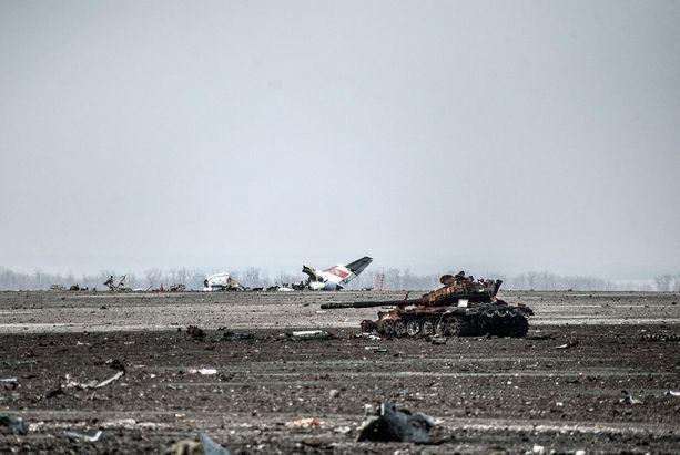 Donetskin lentokenttä on täysin tuhoutunut Itä-Ukrainan taisteluissa.