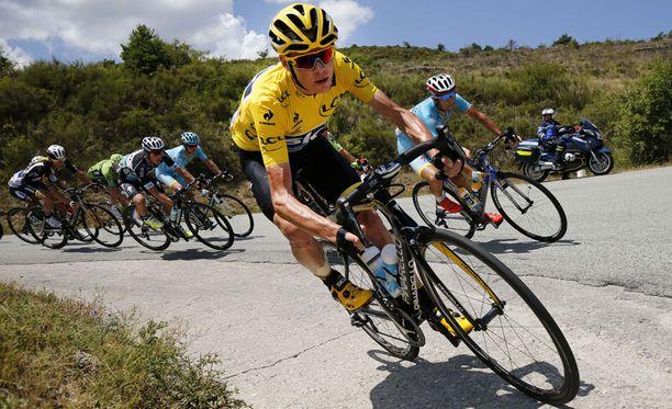 Chris Froome johtaa Ranskan ympäriajoa selvällä erolla.