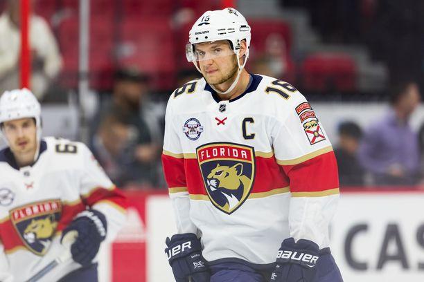 Aleksander Barkov oli puhunut tulevansa MM-kisoihin, mutta seura torppasi aikeet.