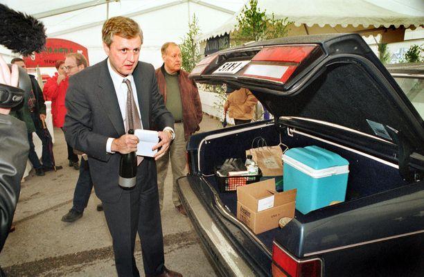 Liikemies Peter Fryckman hämmästytti 90-luvulla suomalaisia Rolls-Roycellaan.