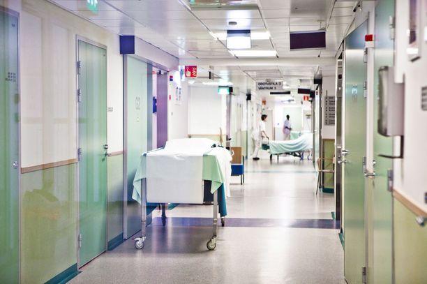 Syöpäleikkauksia keskitetään suurempiin sairaaloihin. Kuvassa Helsingin yliopistollinen sairaala.