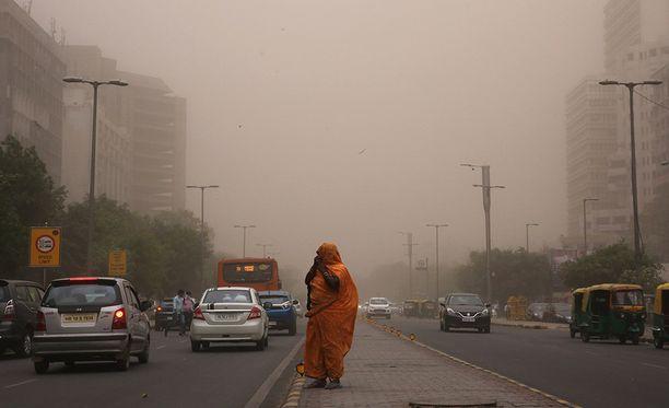 Pääkaupungissa New Delhissä näytti torstaina aamulla tältä.